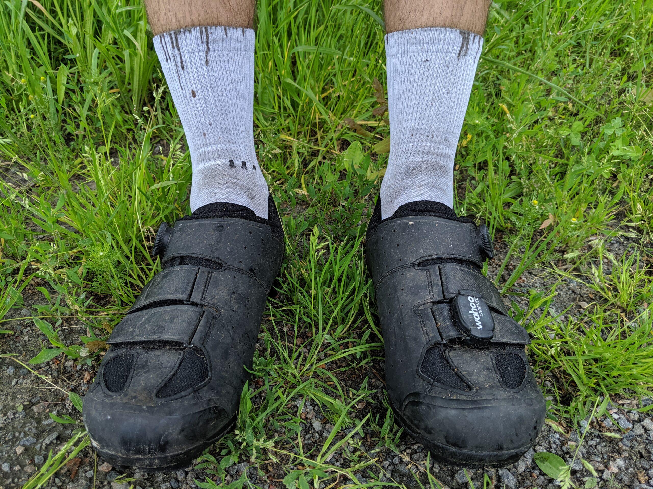 Gute Idee: weiße Socken anziehen.